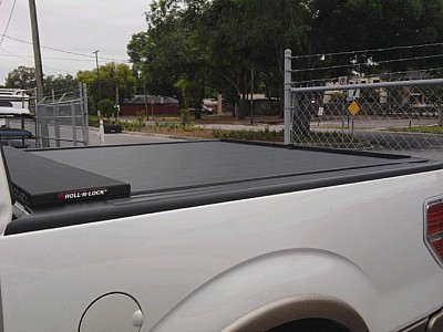 Roll N Lock Tonneau Cover - Manual Roll Up