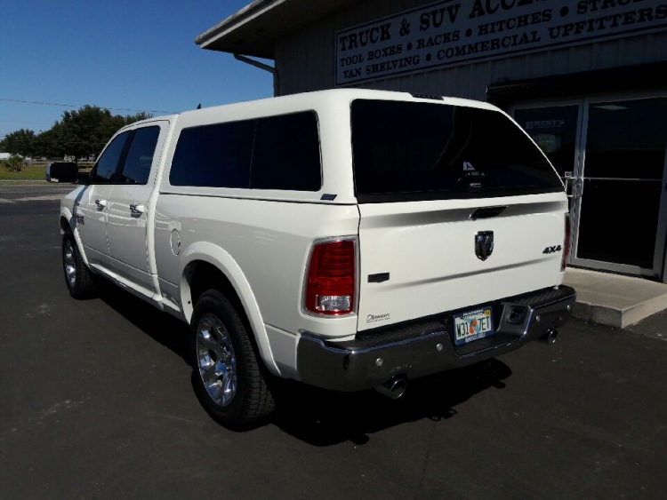 DODGE RAM ARE Z SERIES FIBERGLASS TRUCK TOPPER