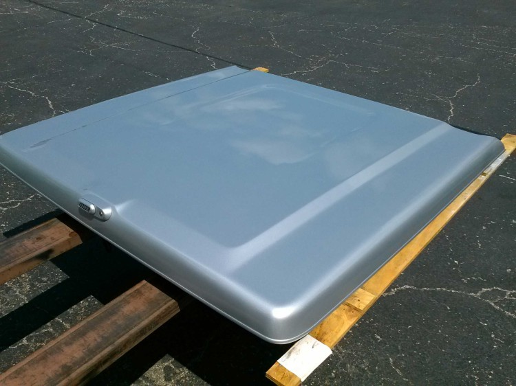 2009-2013 F150 5 1/2ft ARE LS2 Fiberglass Tonneau Cover